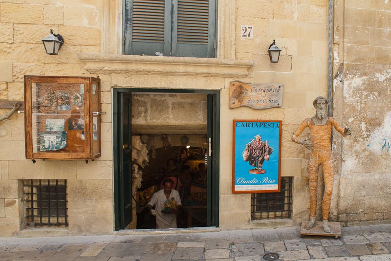 Cartapesta shop in Lecce