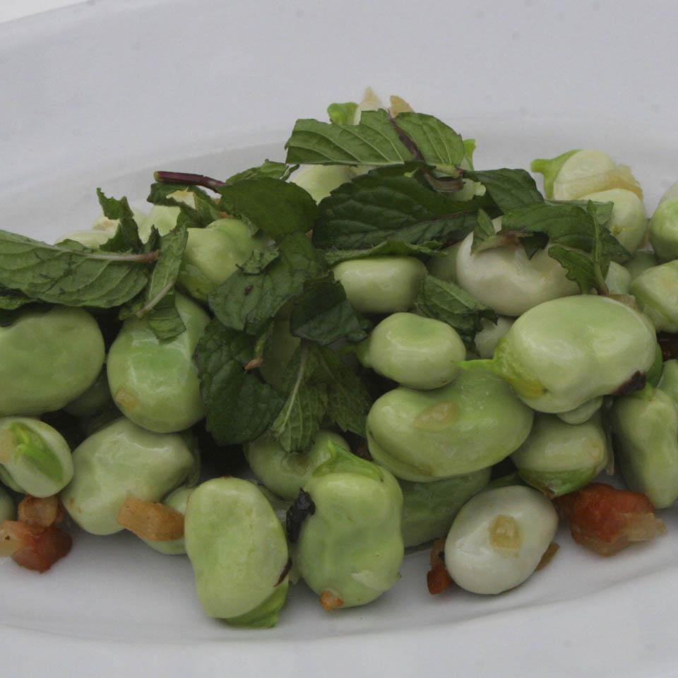 Fava horsebeans and bacon salad