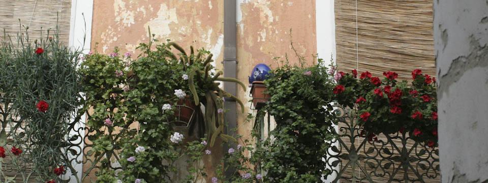 Grottaglie Ceramics A City With Budding Balconies