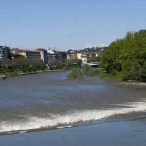 Photo of the river - One of the five free things to do in Turin
