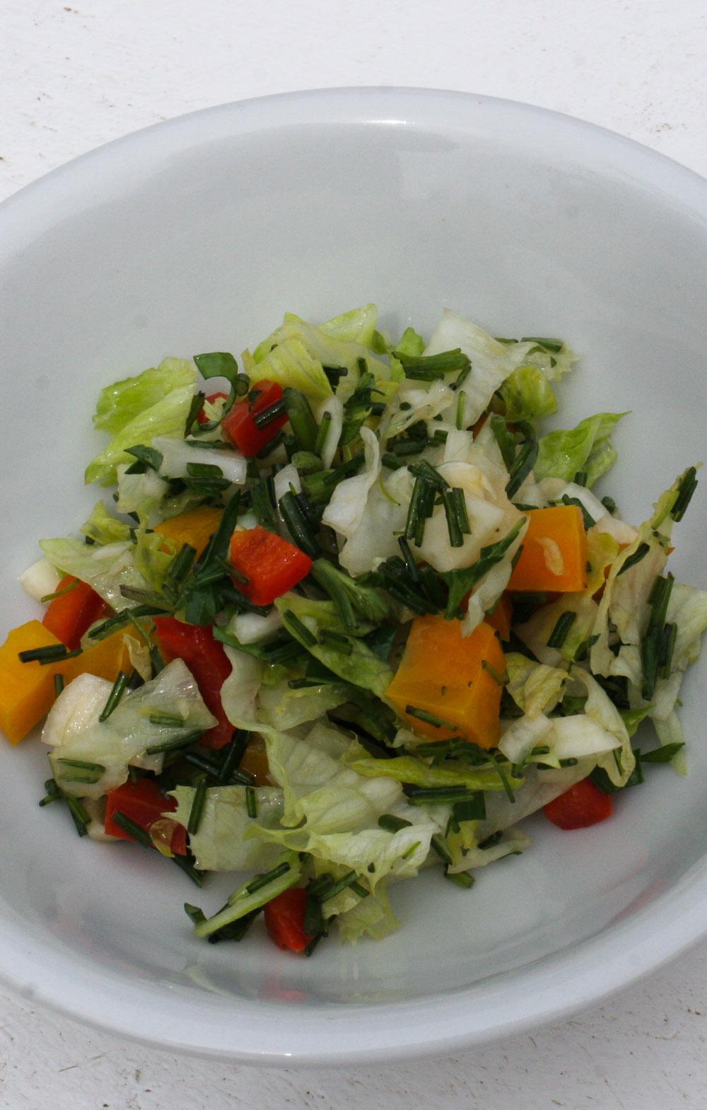 Salad with wild herbs - Italian Notes