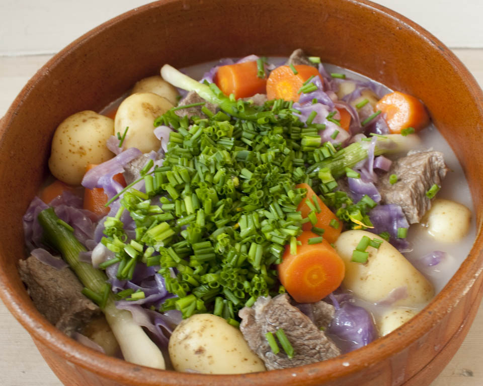 Spring Beef Stew With Carrots And Cabbage