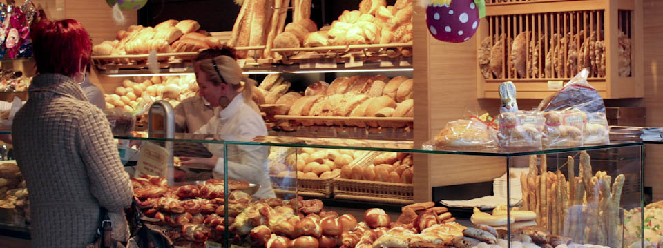 Photo from Italian bakery selling bread without salt