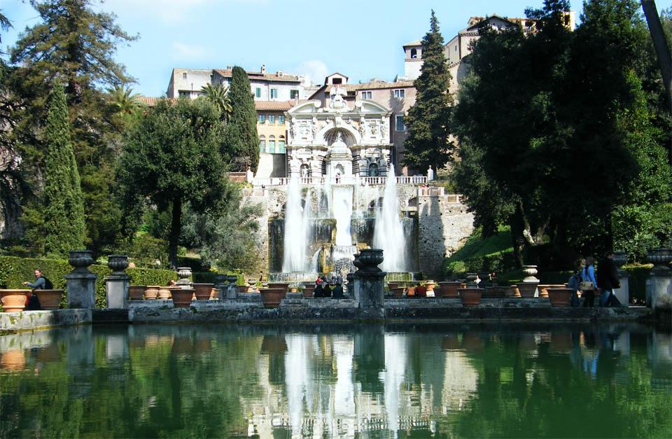 Italian villas and gardens