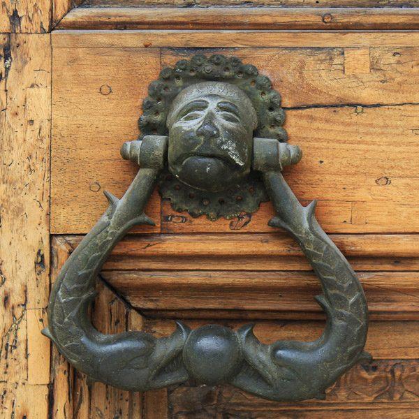 Abruzzo door knockers