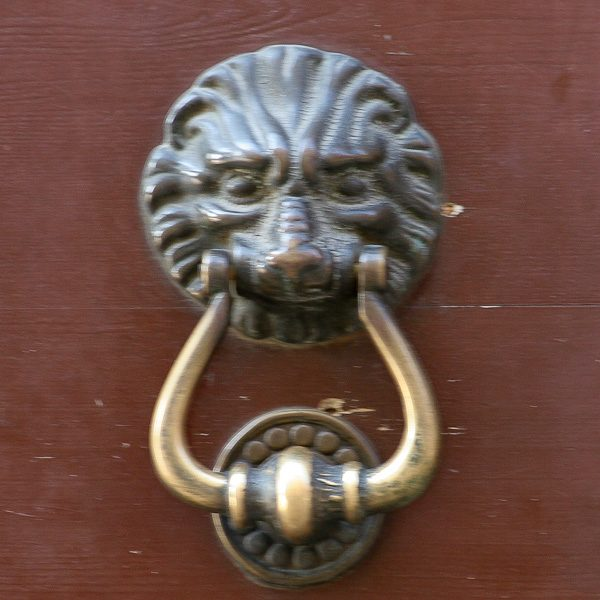 Abruzzo door knockers 1
