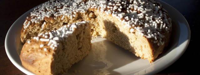 Fugazza vicentina - yeast cake from Vicenza