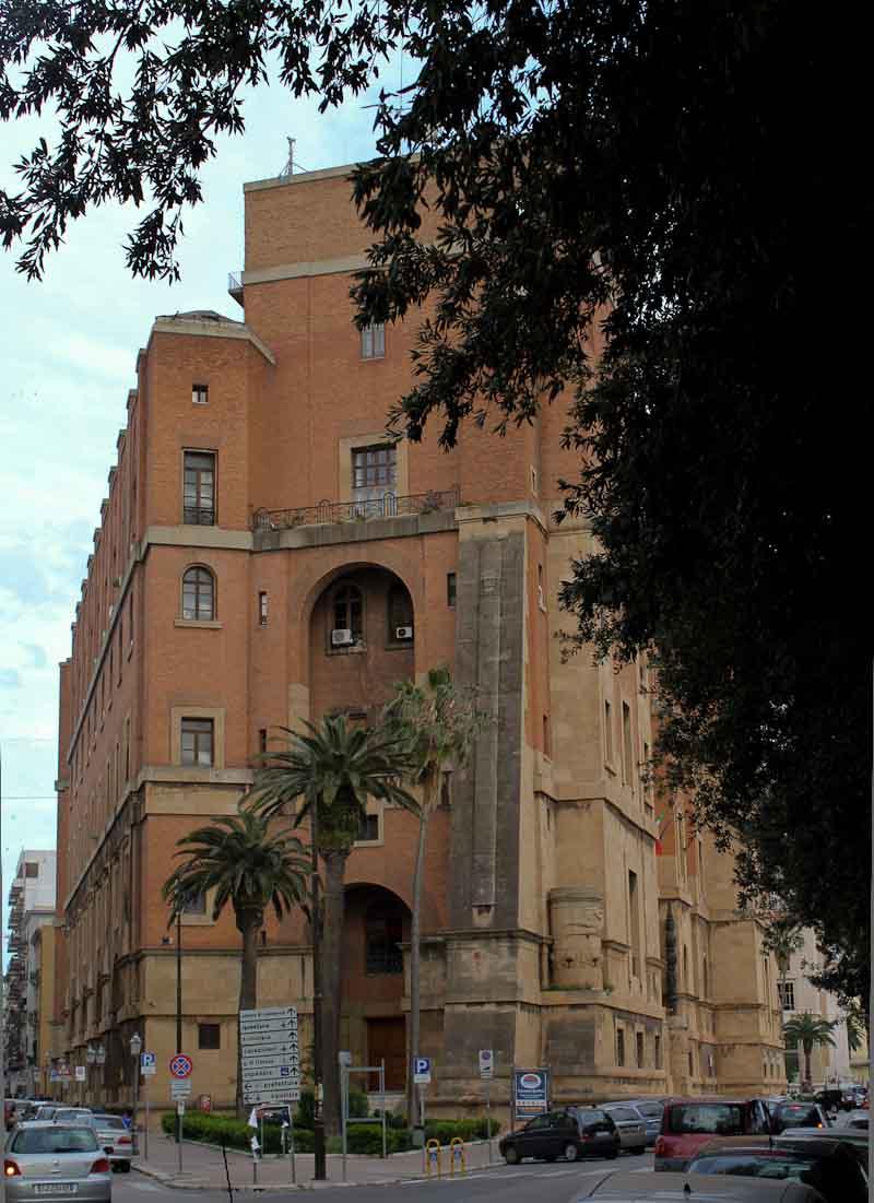 Italian fascist architecture in Taranto