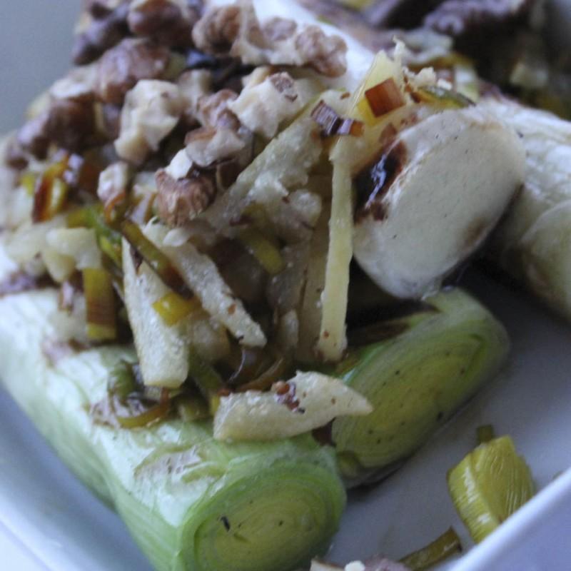 Photo of Roasted leeks with lemon peel and walnuts