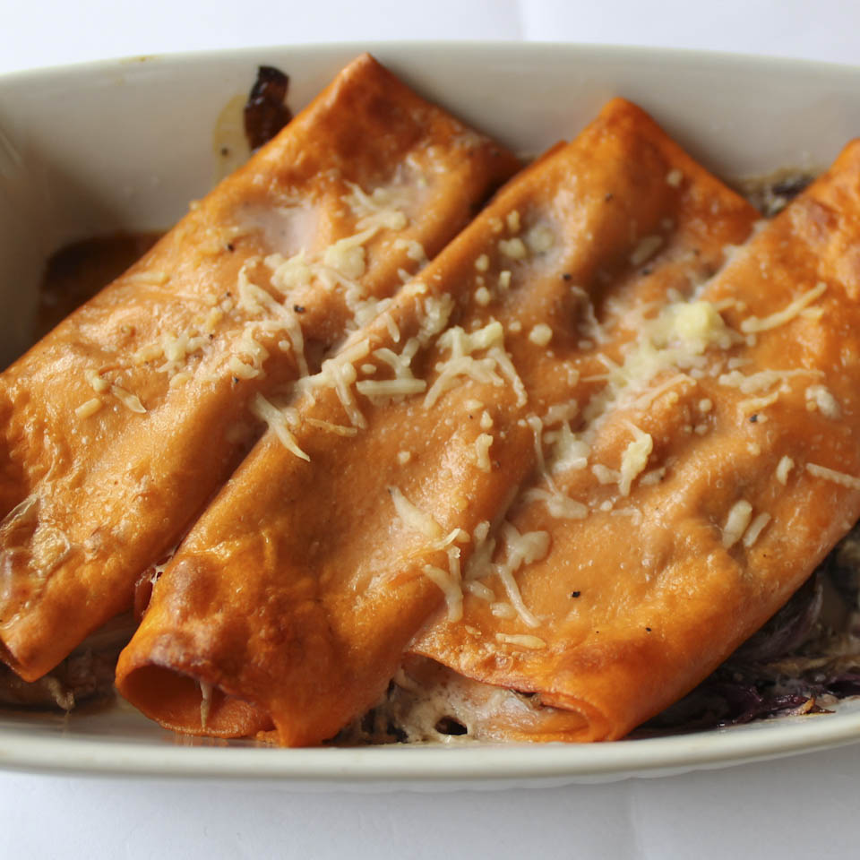 Cannelloni with radicchio filling