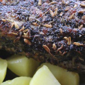 Pork tenderloin in smoked tea and herbs