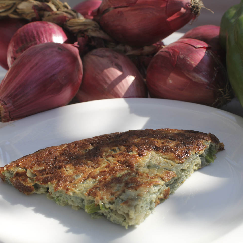 Omelette with tropea onions