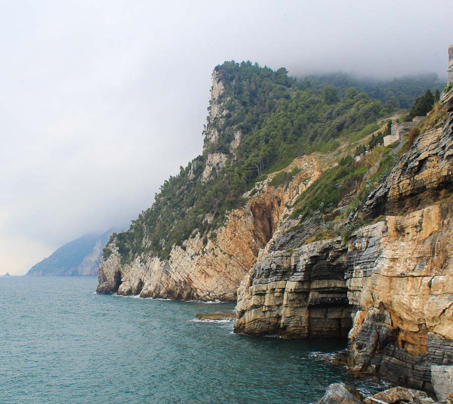 Photo La Palmaria coast-Things to do in La Spezia - Italian Notes