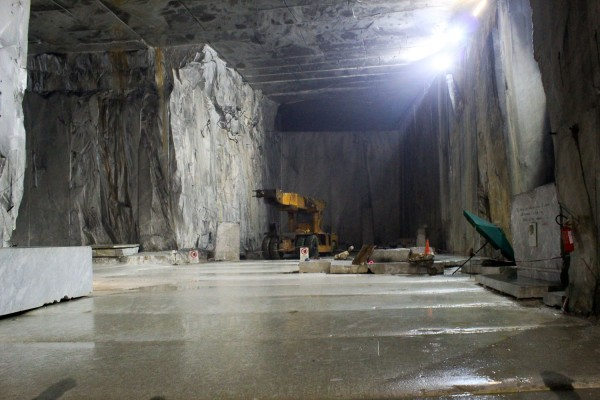 A visit to the marble quarries in Carrara - Italian Notes