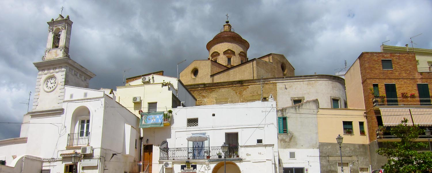 Living on the Edge in Pisticci