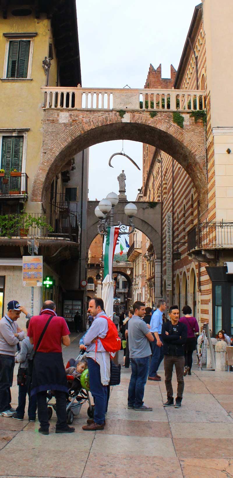 Whalebone in Verona