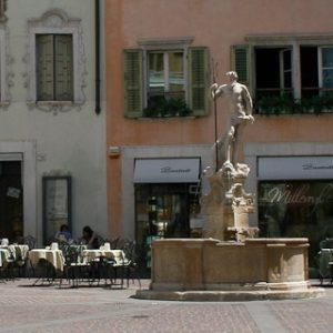 Image of the Fountain of Neptune in Rovereto
