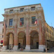 Image of the Loggia del Capitaniato in Vicenza
