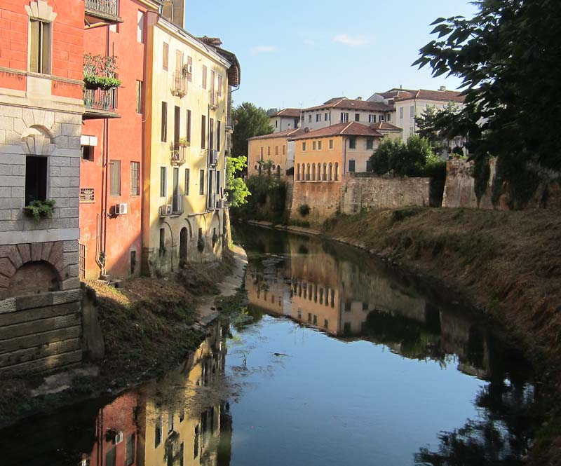 Image from Ponte S Paoplo in Vicenza.