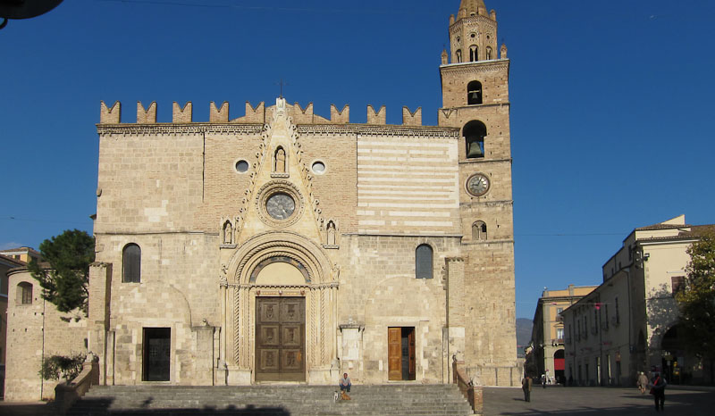 Image of the cathedral in Teramo in Abruzzo