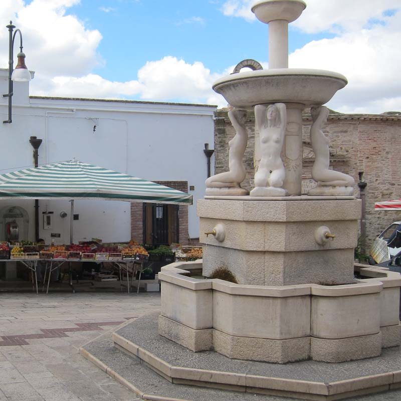 Photo of fountain in Pisticci