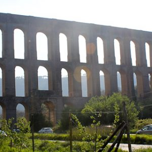 Photo of the Aqueduct of Vanvitelli