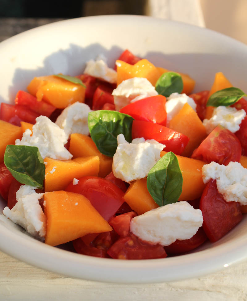 Tomato, peach and ricotta salad