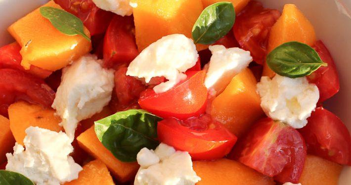 Tomato, peach and ricotta salad