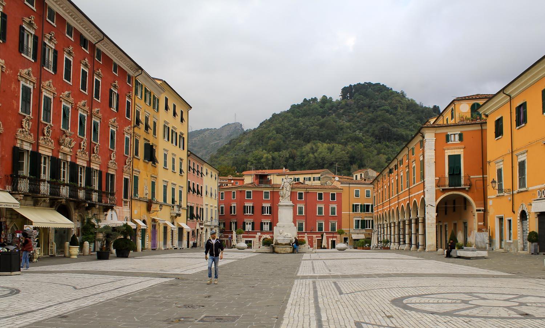 Piazza Alberica in Carrara