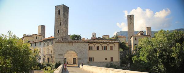 Via Porta Toricella and the Ghost of Ascoli Piceno
