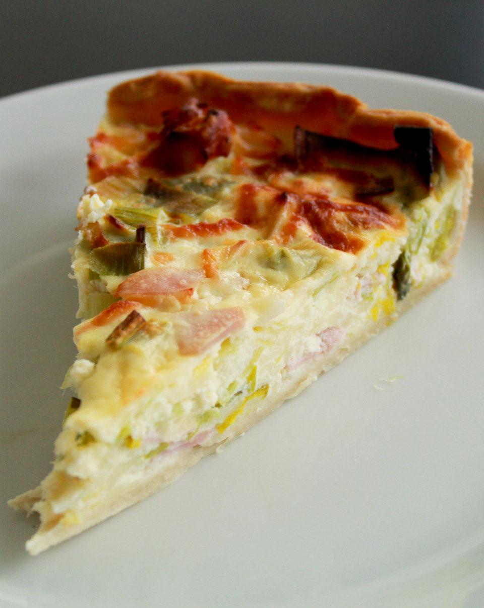 Ham and leek pie