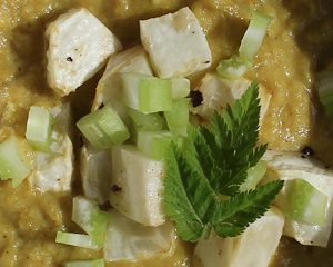 Apple and celeriac compote with curry