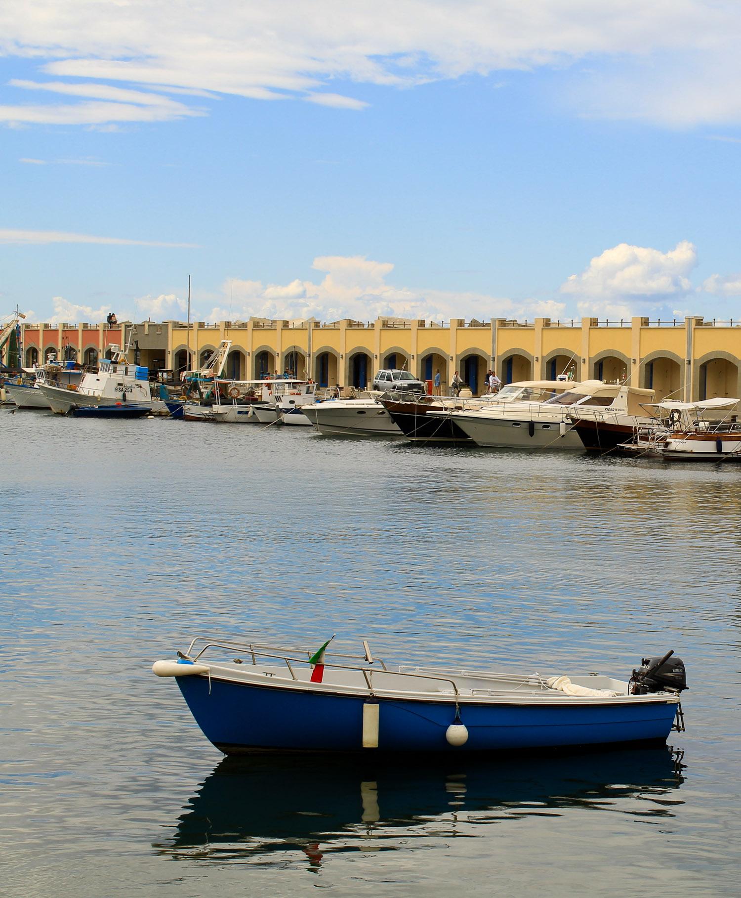 Acciaroli port - Italian Notes