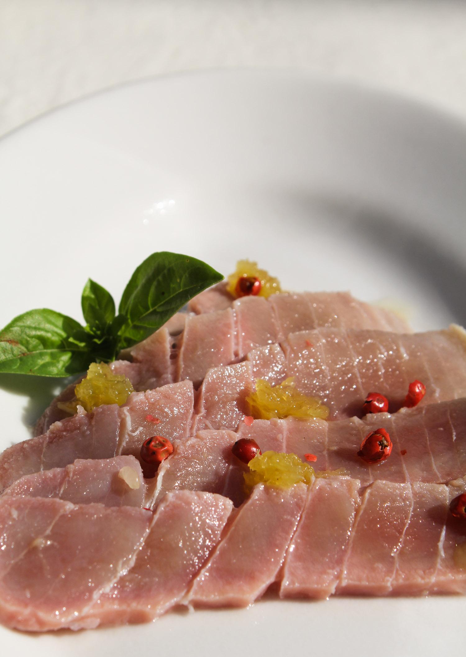 Tuna carpaccio - Italian Notes