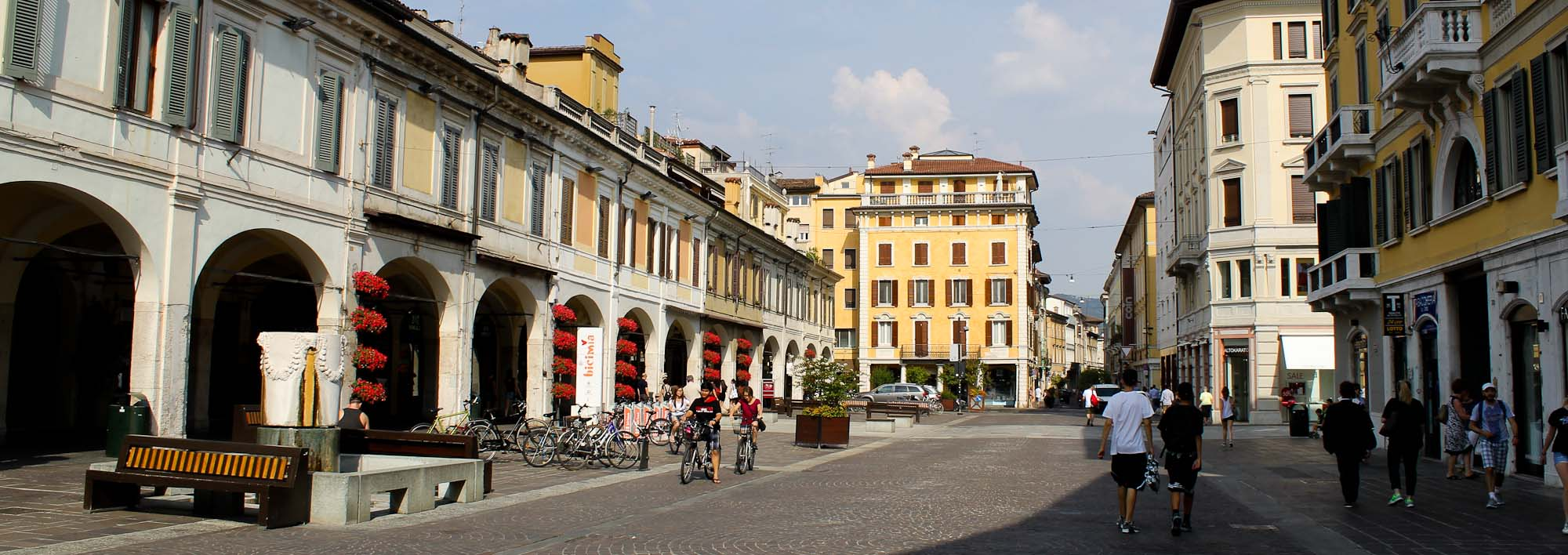 Things to See in Brescia Corso Guizeppe Zanardelli- Italian Notes