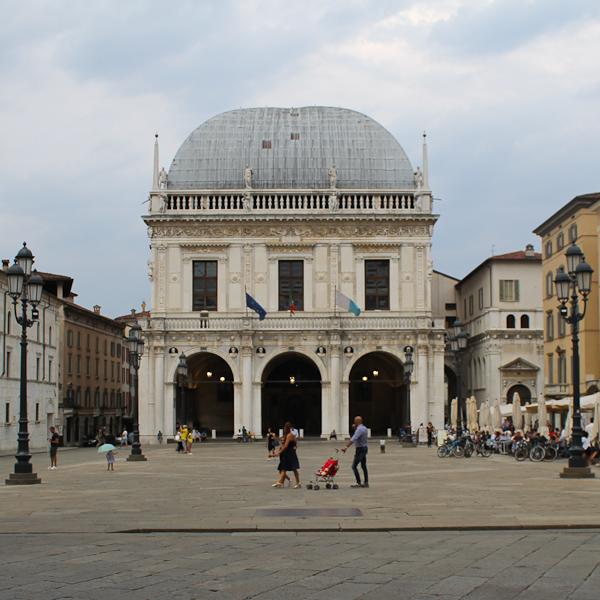 Things to See in Brescia Piazza della Loggia - Italian Notes