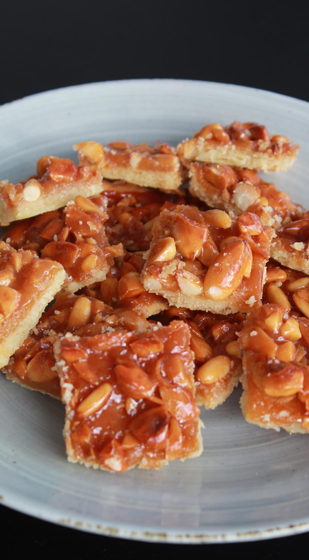 Caramel Almond Bites - Italian Notes