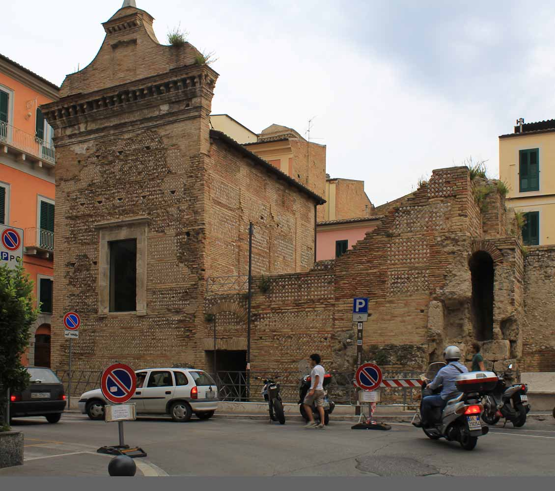Origins of Chieti -Roman temple - Italian Notes