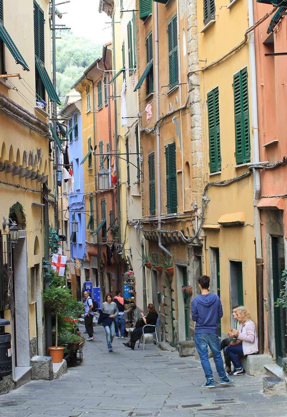 Caruggi Porto Venere - Italian Notes