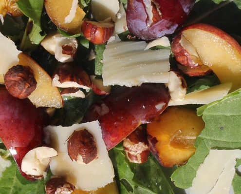 Salad with plums and arugula - Italian Notes
